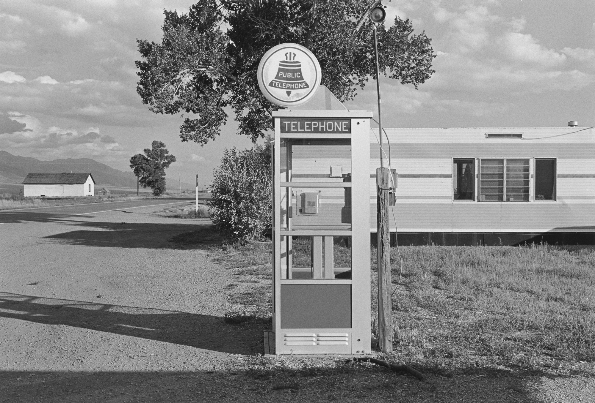 Henry Wessel photograph of pay phone in rural area